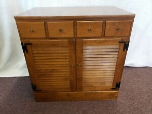 Ethan Allen American Traditional Console Cabinet Great Condition!