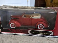 1937 FORD V8 CONVERTIBLE 1:18 scale