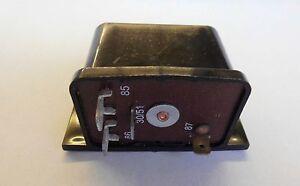 Relais für Lichtmaschine  LADA 2101-07/ LADA NIVA 1600 / 2101-3702600