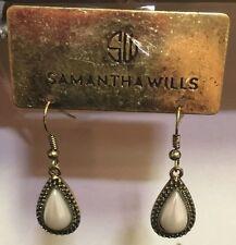 SAMANTHA WILLS Signed~Gold Tone & Black Trim~Pearl Teardrop Dangle Earrings~NWT