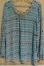 Studio Y top blouse L chevron shiny classic neckline long sleeve large NWT new