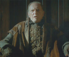David Bradley UNSIGNED photo - P2495 - Game of Thrones