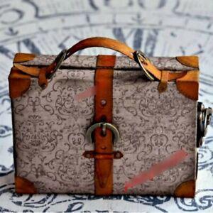 Stanzschablone Sizzix BigShot Koffer Tasche Weihnachten Box Christmas Vintage up