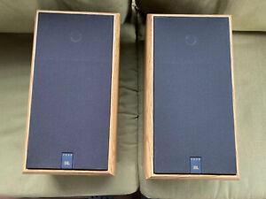 Vintage Pair ofJBL 2600 Bookshelf Speakers with Titanium Tweeters.  Sounds Great