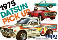 MPC 1/25 1975 Datsun Pickup Truck Plastic Model Kit MPC872