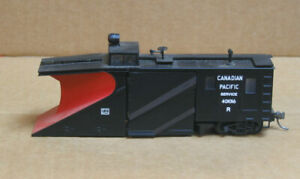 WALTHERS HO Canadian Pacific Snow Plow #401016