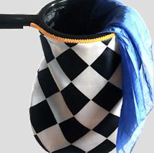 Change Bag Diamond with Zipper (Black/White) by Bazar de Magia
