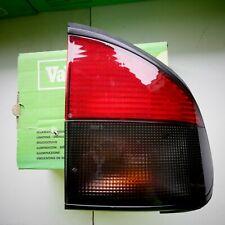 Renault Safrane - Safrane Biturbo feu arriere neuf Valeo 084755 7701035700