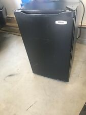 Haier 4.0 cu ft Refrigerator Full-Width Freezer Compartment, Black