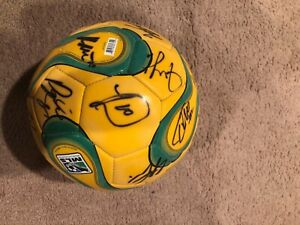 LA Galaxy 05/06'autographed soccer ball, signed by 20+, including Landon Donovan