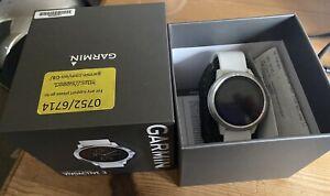 Garmin vivoactive 3 GPS Smart Watch, Running Exercise Fitness, White Strap Boxed