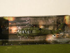 "1/72 SCALE   US UH60 BLACK HAWK HELICOPTOR  IRAQ 2003  ""RETIRED"""