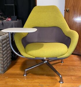 new steelcase coalesse sw-1 lounge chair with tablet arm/tray