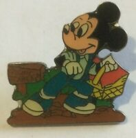 Mickey Mouse Picnic Basket Area  Propin Germany disney pin U
