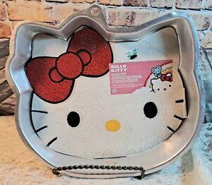 Wilton Hello Kitty Cake Pan 2010 2105-7575