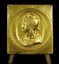 Médaille curiosité datée 1752 et profil de Marianne au bonnet Phrygien medal