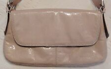 Small Cream Purse Wide Strap Zip Pocket Magnet Close Kenneth Cole Handbag