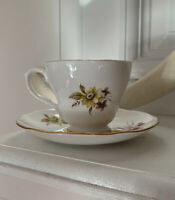 Vintage Tea Cup & Saucer Bone China England Duchess Yellow Daisies Flowers