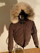 Womens Canada Goose Chilliwack Size Small Brown