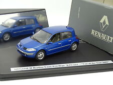 Eligor 1/43 - Renault Megane Luxe Privilège 2.0 16V Bleue Car of The Year 2003