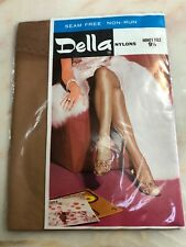 VINTAGE DELLA SHEER SEAMLESS NYLON STOCKINGS FASHION HOSIERY DELLA 1960's