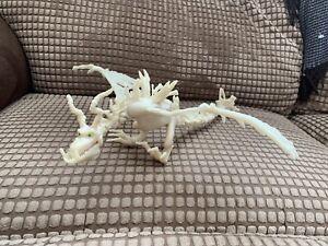 Dreamworks How To Train Your Dragon Boneknapper Glow In The Dark Figure