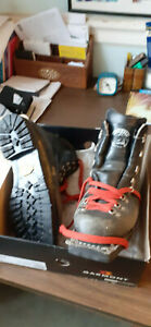 Cross Country Nordic Garmont Ski Boots, Size 8, used