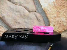 NIB MARY KAY SIGNATURE CREME LIPSTICK ** PINK DAISY ** WITH BOX **