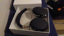 Parrot Wireless Headphones - Black inc w/less Charger Zik 3