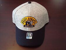 BOSTON  BRUINS REEBOK NHL  FLEX FITTED SMALL/MEDIUM  SCRIPT DEADSTOCK HAT CAP