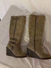 Shoedazzle women's winter wedge heel boot size 6