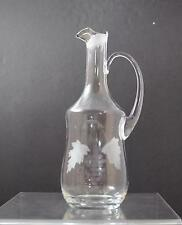 """Vintage Etched Grape Leaf Clear Glass Carafe Pitcher About 11"""" Gy13"""