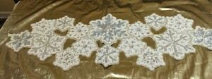 """BEADED WINTER WHITE SILVER SNOWFLAKE CRYSTALS TABLE RUNNER*GREAT GIFT*36X13""""NWT!"""