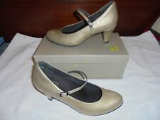 Ziera Ladies Stone Patent Leather shoes size 39.5 W 8.5 W BNIB