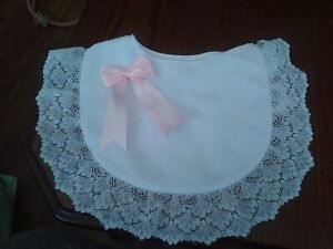Romany/Spanish bib with lace and pink bow size 0-12+ months brand new