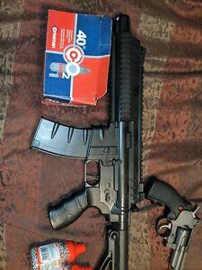 Steel strike  umarex assault  rifle  BB gun and SNR.357 pistal.