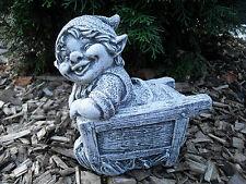 Steinfigur Troll in Schubkarre  Frostfest Steinguss Gnom Kobold Garten Deko
