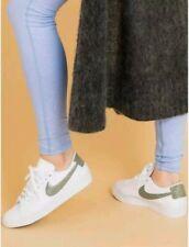 Nike Women's Blazer Low LE Trainers White & Dark Stucco UK 7 EUR 41