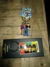 Beatles-Lot anciens porte clés émaillés-Beatles-Neufs-2006-Collection officielle