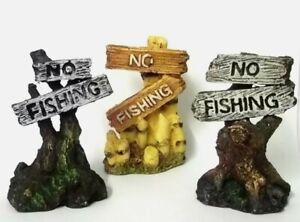 Classic Aquatics No Fishing Sign
