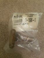 MANITOWOC. P/N: 1-1696-1. DRAIN FITTING ASSEMBLY. OEM. BRAND NEW FACTORY SEALED