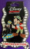 DSSH MAGNIFICENT PIN TRADING EVENT CIRCUS SERIES 1 MICKEY AND THE SEAL LE PIN