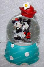 Classic Mickey & Minnie Holding Hands (Disney Mickey Inspearation 19528) 65mm WG