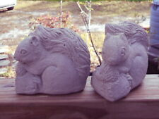 2 SQUIRRELS WITH ACORN CEMENT STATUE FIGURINE NATURAL GARDEN YARD ART PAINTABLE