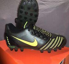 Nike Total 90 Shoot II MG Gr 37