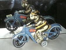 BELLE REEDITION JOUET MECANIQUE 1920/25 EN TOLE : MOTO & PILOTE , 17cms