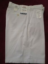 IZOD SALTWATER STRETCH RELAXED CLASSICS  WHITE SHORTS MENS 34 WAIST NEW