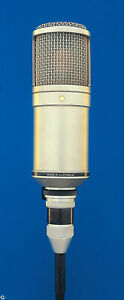 """Rode Classic II Variable Pattern Dual 1"""" Condenser Valve Microphone"""