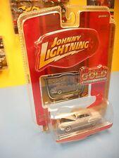 "JOHNNY LIGHTNING CLASSIC GOLD  '50 OLDSMOBILE SUPER 88    R39  ""NIP"""