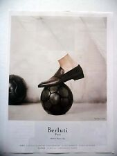 PUBLICITE-ADVERTISING :  BERLUTI  2015 Chaussures,ballon